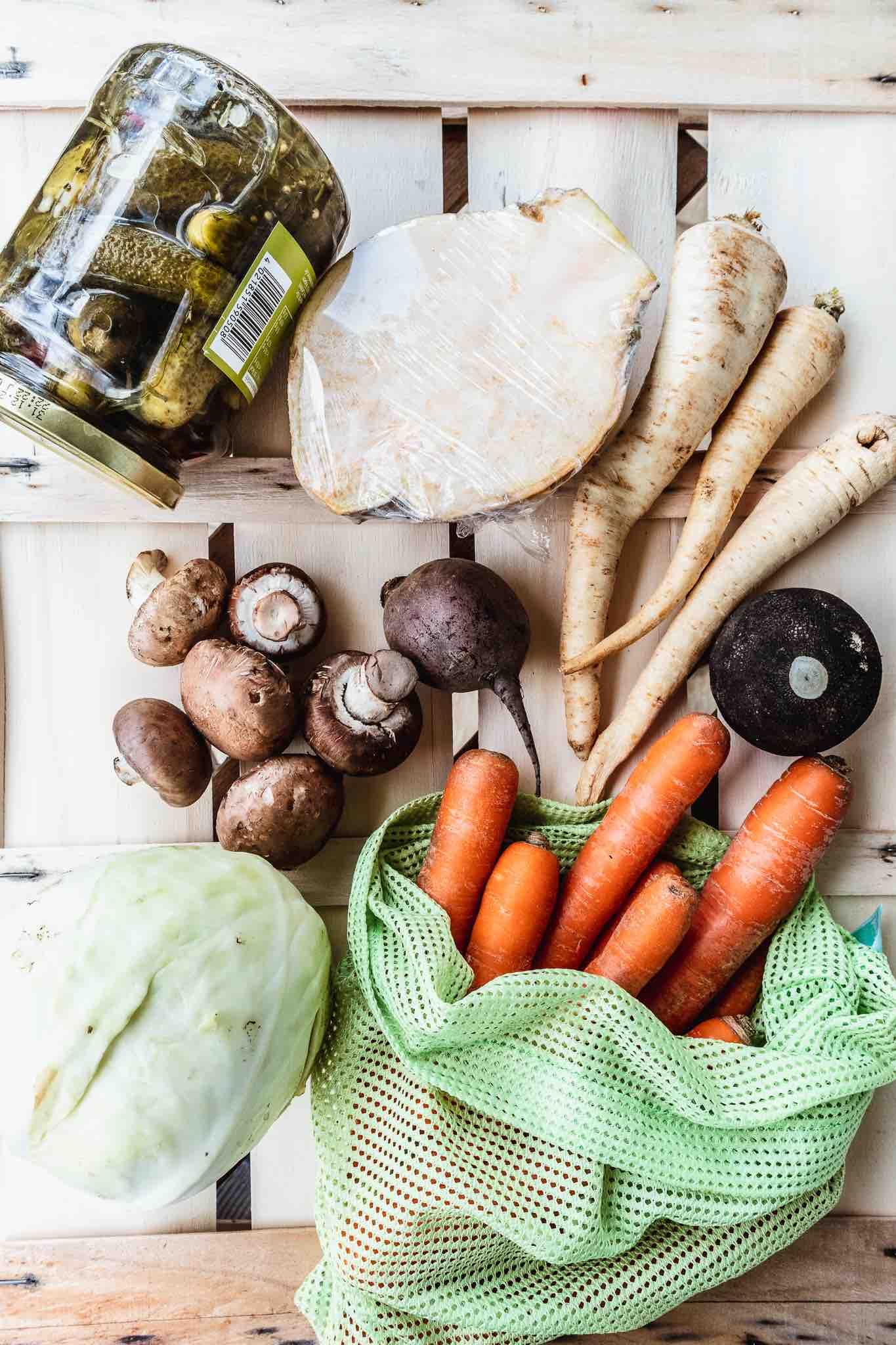 Einkaufen während Corona: Frisches Gemüse der Saison