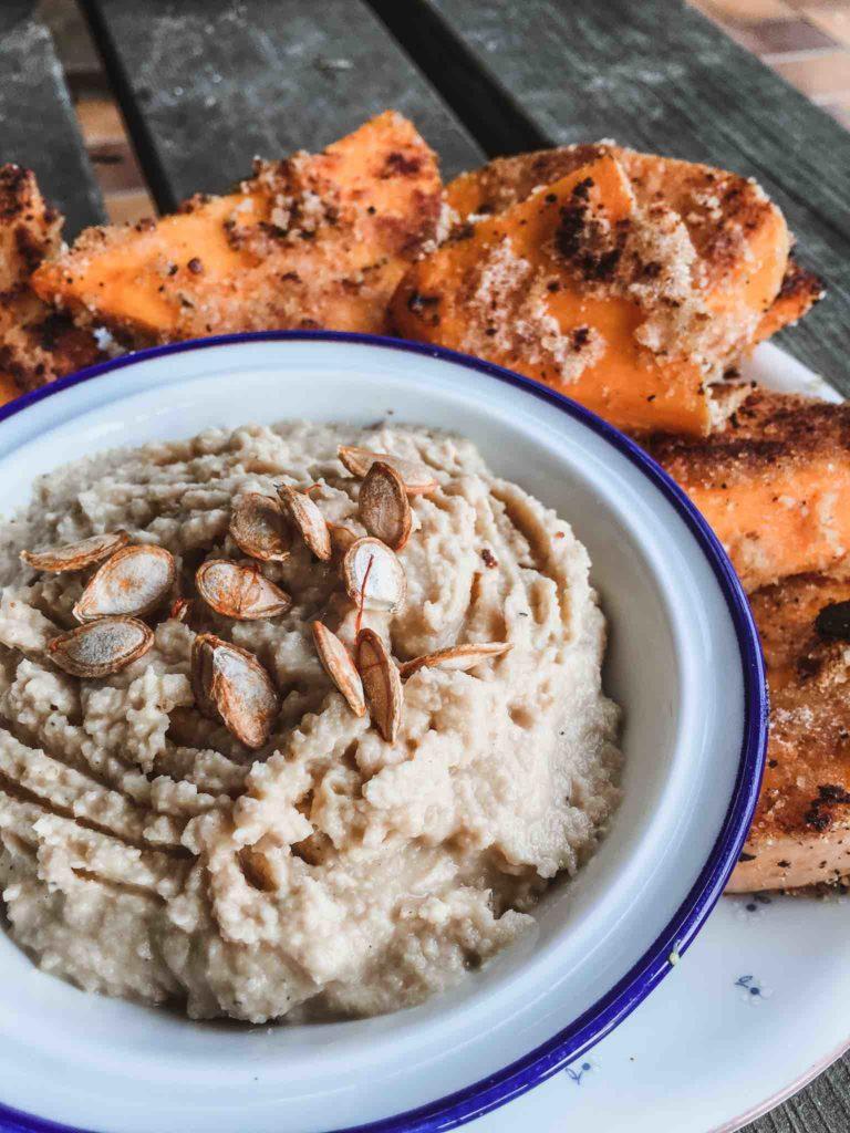 Kochen aus dem Vorratsschrank: Einfaches Hummus Rezept