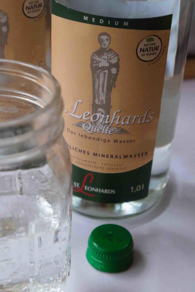 Warum Wasser in Glasflaschen nachhaltiger sind