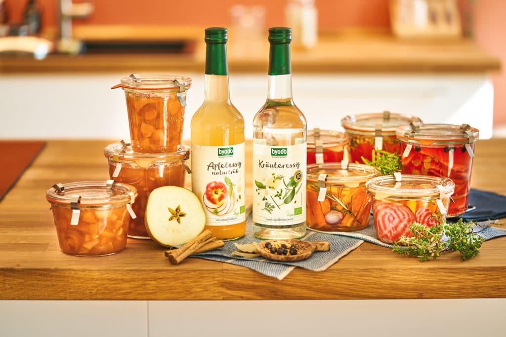 Obst und Gemüse einlegen mit Byodo Essigen