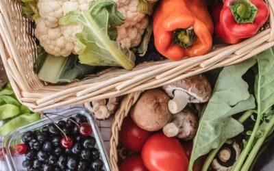 Gemüse und Obst im Sommer — Das gibt es jetzt in Saison